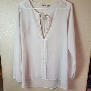 MUDD White Chiffon Boho Sheer Long Sleeve Tunic